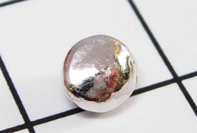 металлический шарик