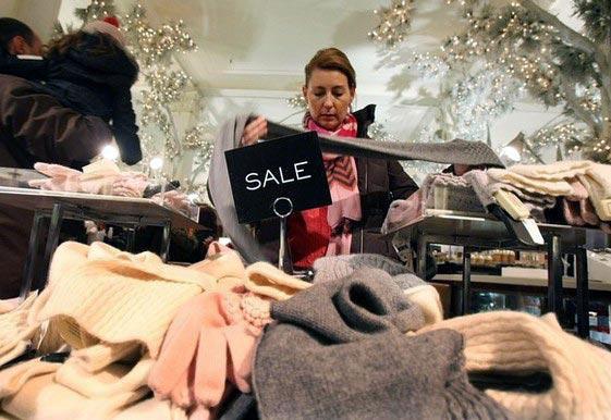 насилие традиционный рождественский сезон распродаж мамаши трахаются Развратные
