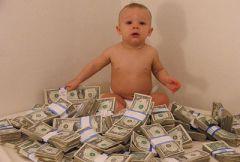 Ребенок и много денег